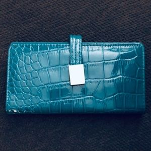 Croft & Barrow RFID mini Wallet, embossed croco.